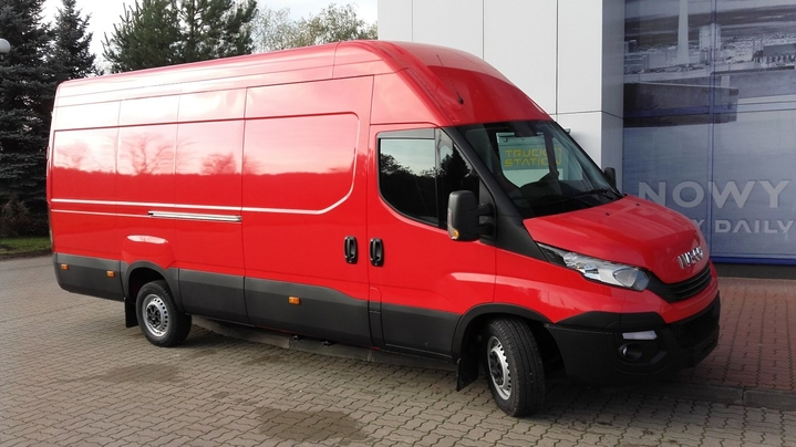 IVECO Daily 35S18 V MINIBUS